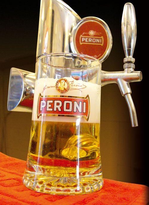 Birra alla spina chiara Peroni