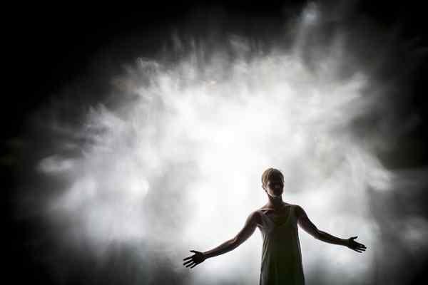 Taneční aktuality: Flashed by o ženách, pro ženy a nejen pro ně…
