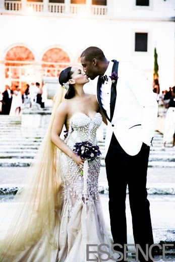 Amare and Alexis Stoudamire celebrate their second trip down the aisle together (first was intimate, this was more formal)