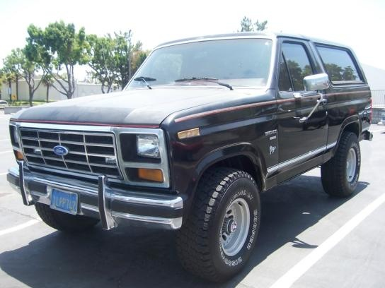 AutoTrader Classics - 1985 Ford Bronco Truck Black 8 Cylinder Automatic 4 wheel drive   Classic & 573 best Ford Bronco images on Pinterest   Broncos Ford bronco ... markmcfarlin.com