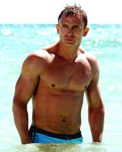 Hottest Male Actors In Their 40s list...Daniel Craig