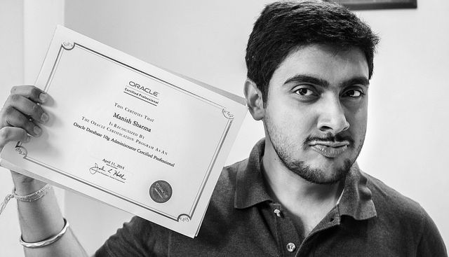 That's me with my Oracle #OCP certificate. #Selfie