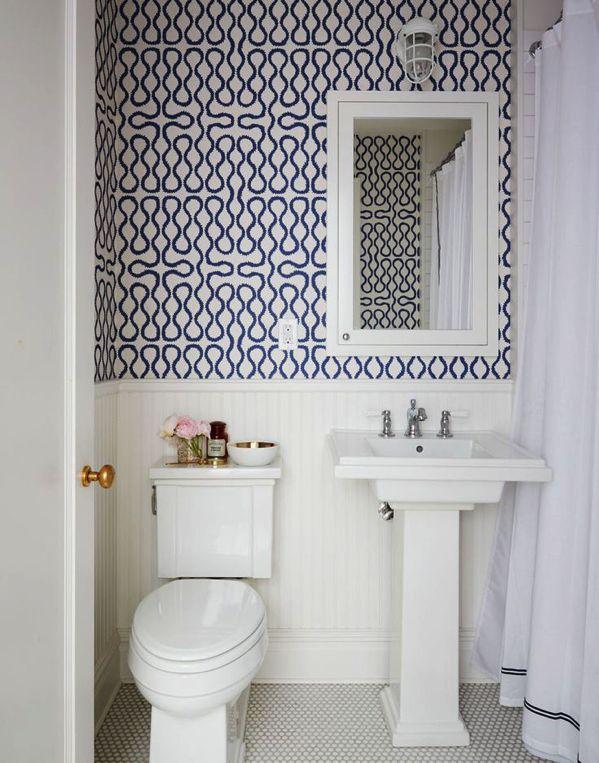 Photo Gallery For Website  Tapete Pulver ZimmerWei es BadezimmerBathroom WallpaperWashroom