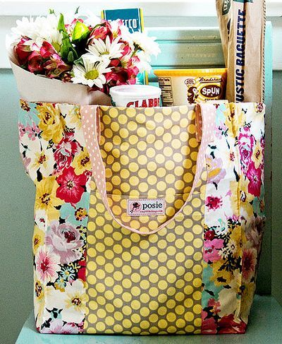 Jane Market Bag - this could be a stash buster for me - make oodles of these bags.  Obviously these were intended for groceries, but imagine the possibilities - gift bags, stash the newest project I will take along in the car, endless possibilities.