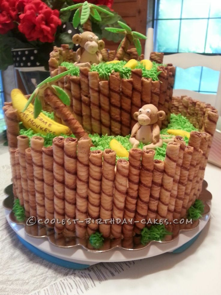 Monkey Around Baby Shower Cake... This website is the Pinterest of birthday cake ideas