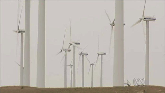 Developing geothermal energy in Australia, 2013 - Geography (10). Renewable energies like hydro, wind and solar are continuing to replace the more traditional, coal-based energies. Geothermal energy is a type of 'green energy' likely to be an important source of power in Australia's future. In this clip from mid-2013, find out how this technology works. Learn also about its development challenges and search for a market.