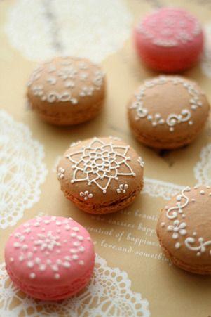 Elegant macarons