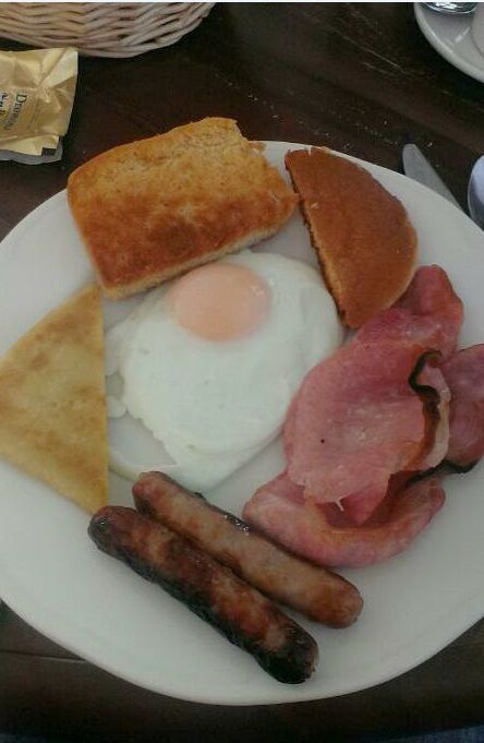Weegie Food Tour of Northern Ireland - The Ulster Fry