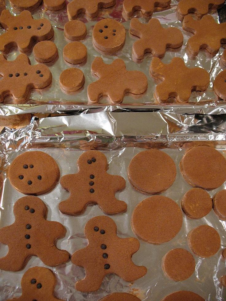 Polly Want A Crafter?: Christmas Cinnamon Salt Dough Ginger Ornament Tutorial