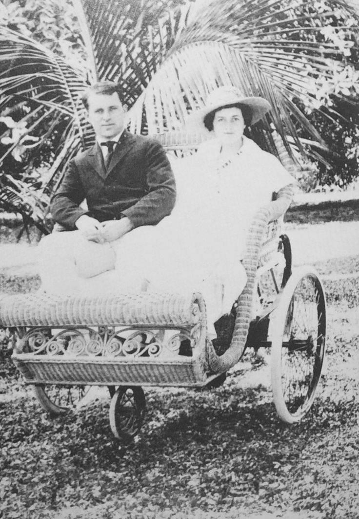 Mr Joe and Mrs Rose Kennedy in Palm Beach, 1925. ❤❁❤❁❤❁❤❁❤❁❤ http://en.wikipedia.org/wiki/Joseph_P._Kennedy,_Sr. http://en.wikipedia.org/wiki/Rose_Kennedy http://www.dailymail.co.uk/news/article-2637037/A-winter-White-House-worthy-Camelot-Kennedy-winter-compound-goes-market-38-5million.html