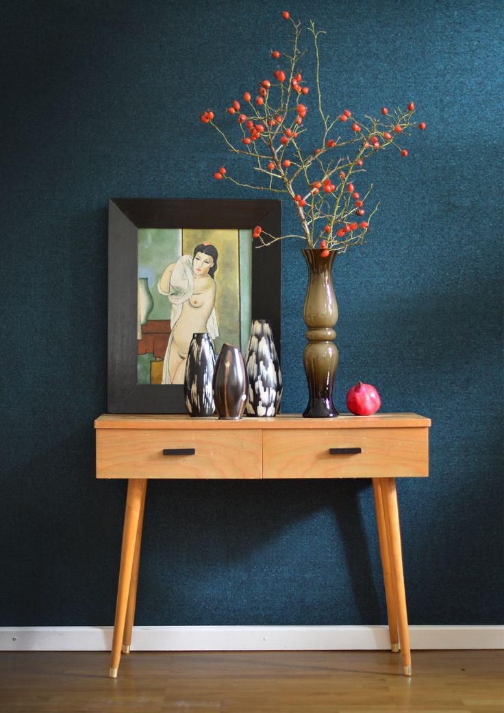 Collection of DDR Vases I Hellerau Cabinet I 1964 'Nude' by Hesse http://www.ostblock.com.au/collections/ceramic