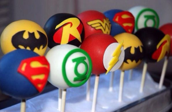 Superhero cake-pops