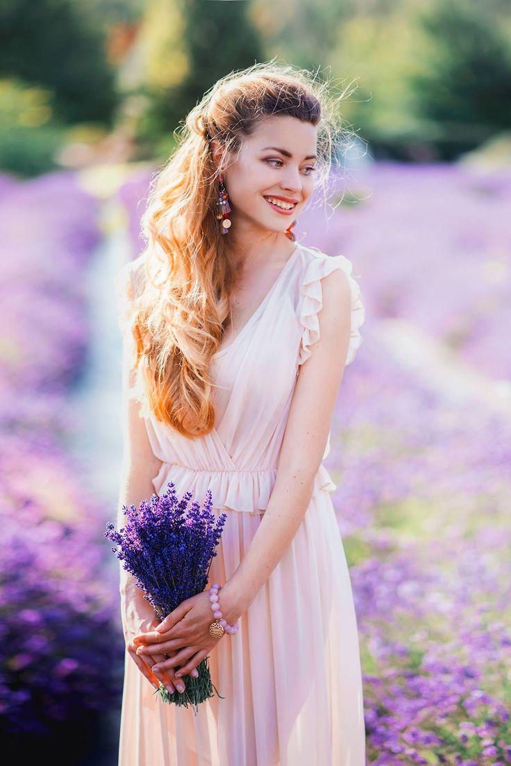 Maxi dress & field full of lavender • Juliette in Wonderland