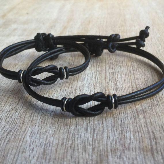bracelet pour couple. Black Bedroom Furniture Sets. Home Design Ideas