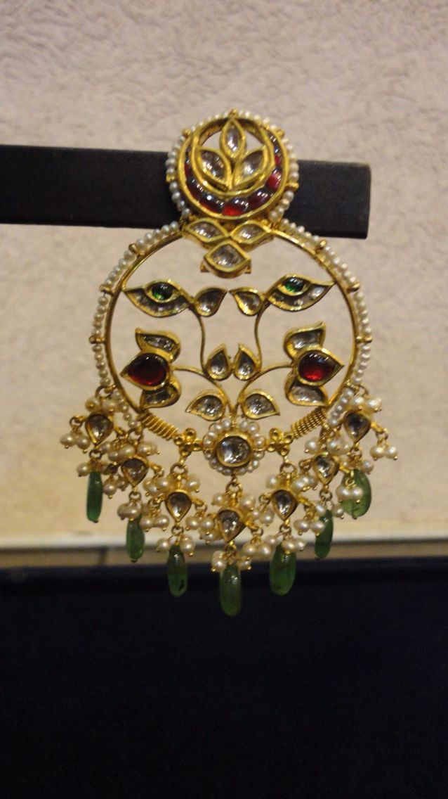 Diamond and pearl Chaandbalis