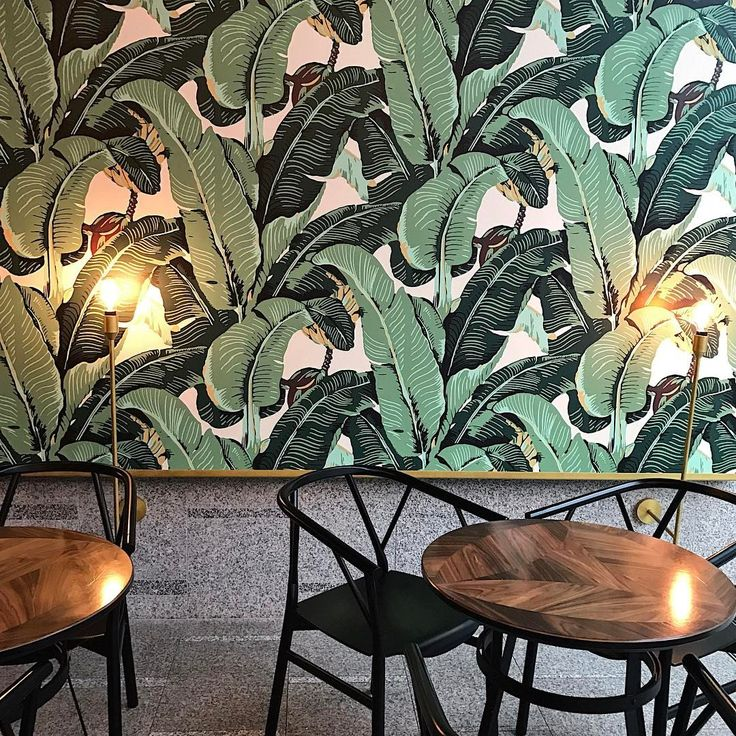 "ODETTE TEA ROOM 28 Likes, 4 Comments - Ildiko (@ildikorsv) on Instagram: ""Sticking to the green theme: major wallpaper envy at @odettewarsaw  and the most amazing cakes …"""