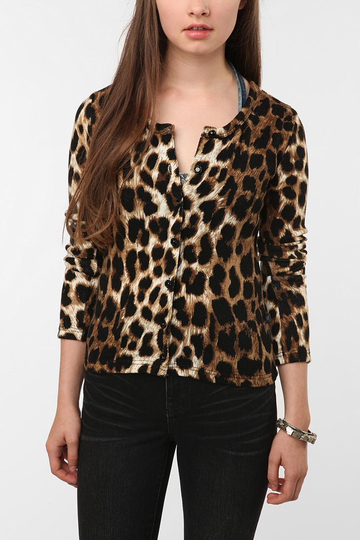 Get the best deals on leopard print cardigan forever 21 and save up to 70% off at Poshmark now! Whatever you're shopping for, we've got it.