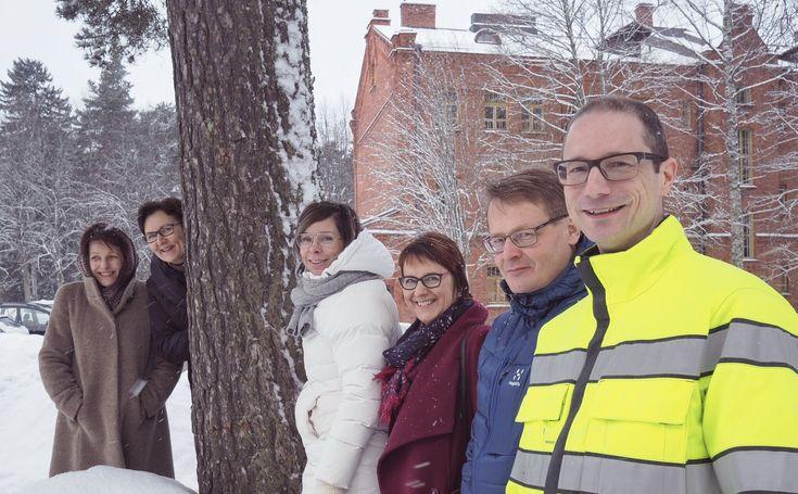 Lahden työnteon muotoilijat valmiina töihin kaupunkilaisen elämysten eteen. 1/2017 Lahti, Upseerikerho