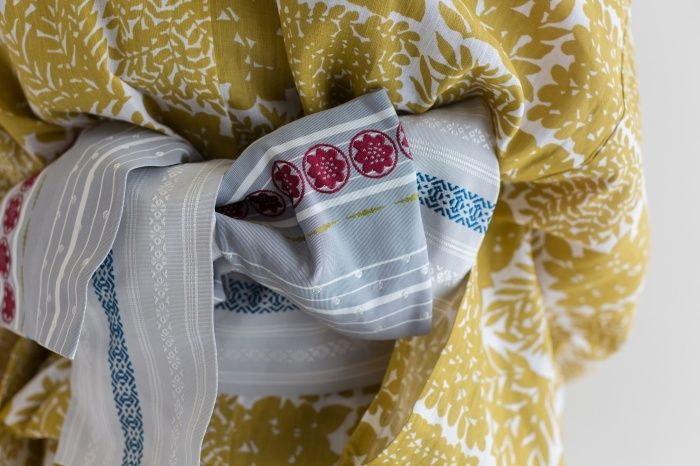 博多帯の老舗 西村織物謹製の帯。手の込んだ柄が素敵。