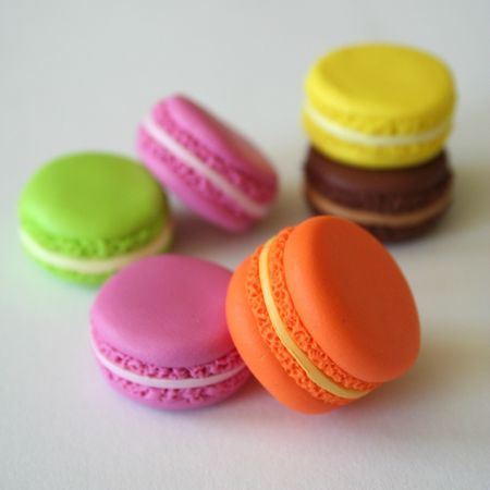 Fimo clay macarons, making a change from felt food <3