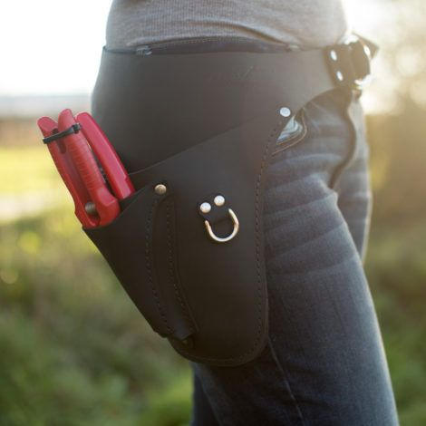 Floret's farmer-florist toolbelt holds garden snips, phone, markers and more. Practical and stylish and best of all: no more holes in pockets!  Handcrafted in the U.S.A. and available in the Floret Shop.