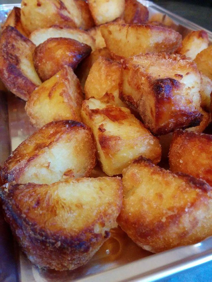 Crispy goose fat roasted potatoes. #foodporn #dailyfoodphoto
