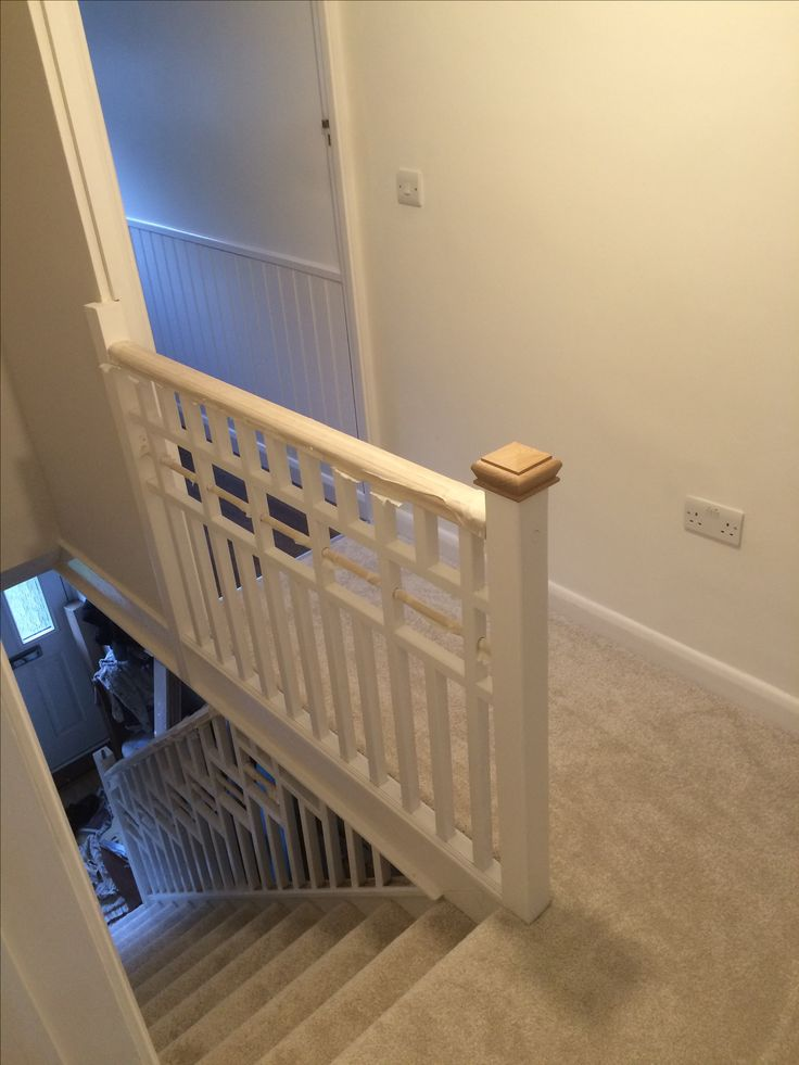 Stair bannister cottage style