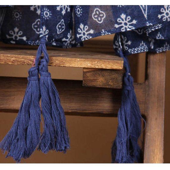 DESCRIPTION Cette écharpe est surdimensionnée pour Draper magnifiquement, avec…