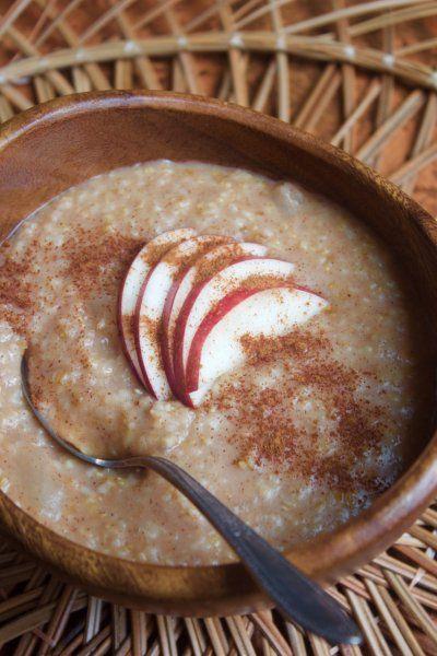 Apple Cinnamon Steel Cut Oatmeal in the Instant Pot {Vegan} by Lauren Zembron