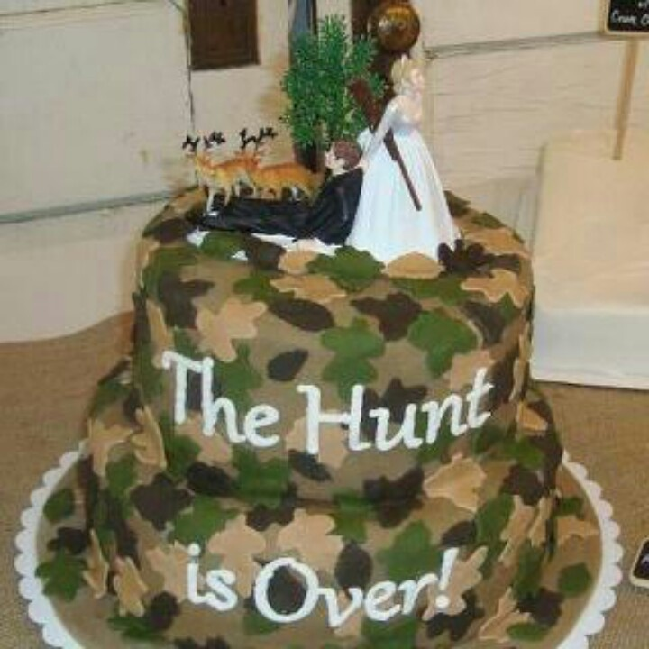 Bridal shower cake...that is awesome for the perfect Hunters