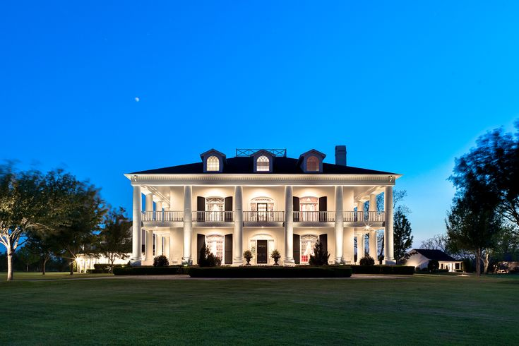 1000 Ideas About Southern Plantation Style On Pinterest