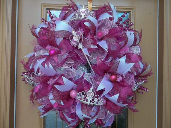 Deco Mesh Disney Princess Wreath by DecoDzigns on Etsy, $105.00