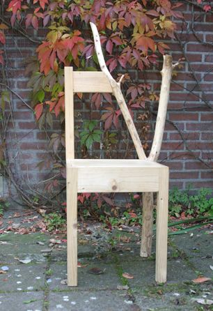 Love the chair - simple, but interesting.