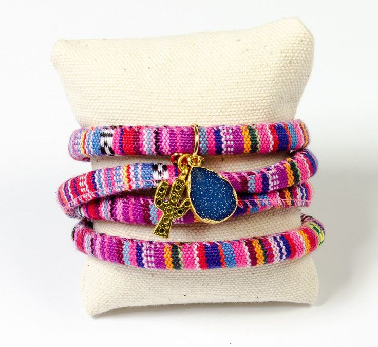 Inspired by the rich and festive patterns of Mexico, our Amigas Mexican Wrap bracelet is sure to attract attention regardless if your out on the town or chill'n by the pool. Perfectly adorned with a g
