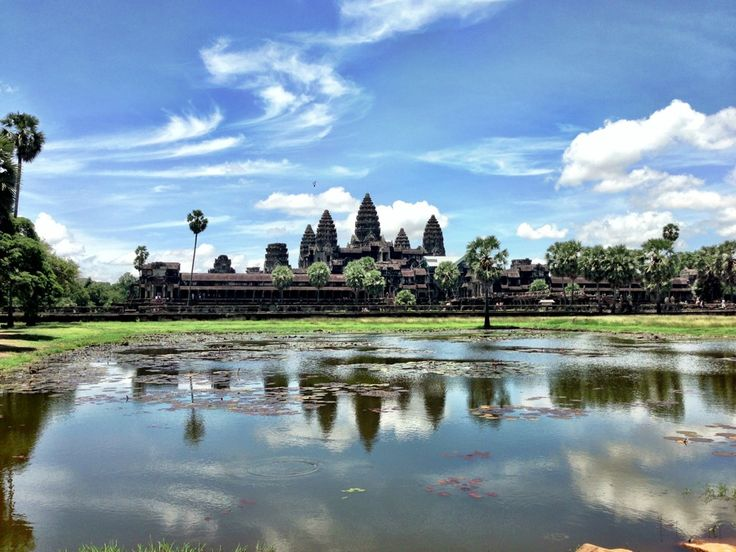 Angkor Wat Temple (អង្គរវត្ត) in Angkor, Siem Reap, Cambodia - top 100 places to see before you die