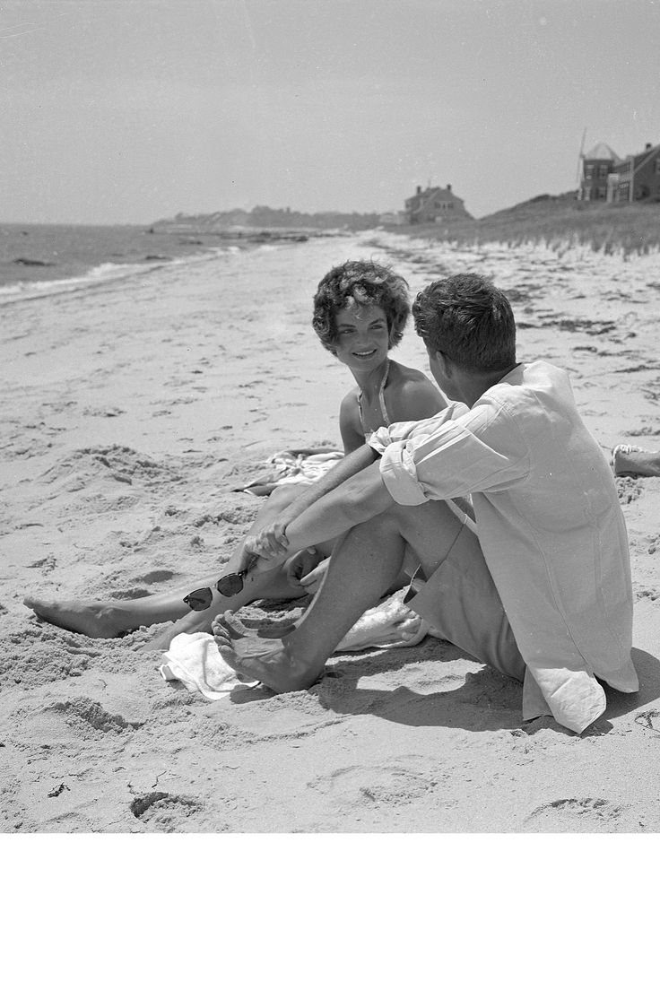 When: June 1953 Where: Hyannis Port, Massachusetts   - HarpersBAZAAR.com