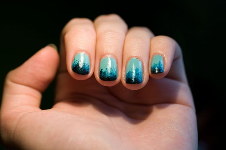 Blue Wave *NOTD* | The Pretty Blossoms