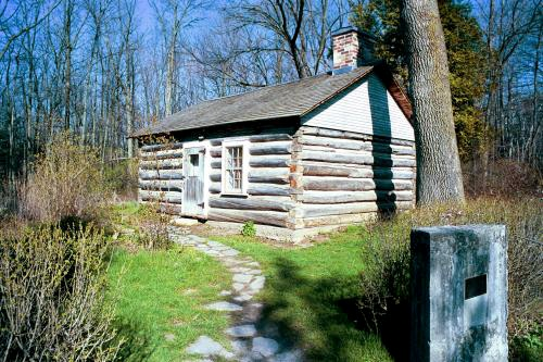 Ousterhout Log Cabin, Guildwood Park - The oldest house in Scarborough was built in 1795 by Augustus Jones. In 1805, William Outsterhout received the first grant land from King George III. The cabin, located in Guildwood Park, is currently owned by the City of Toronto