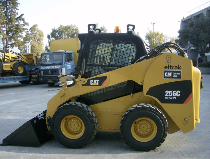 Caterpillar's 256C skid steer has a 2,350pound operating