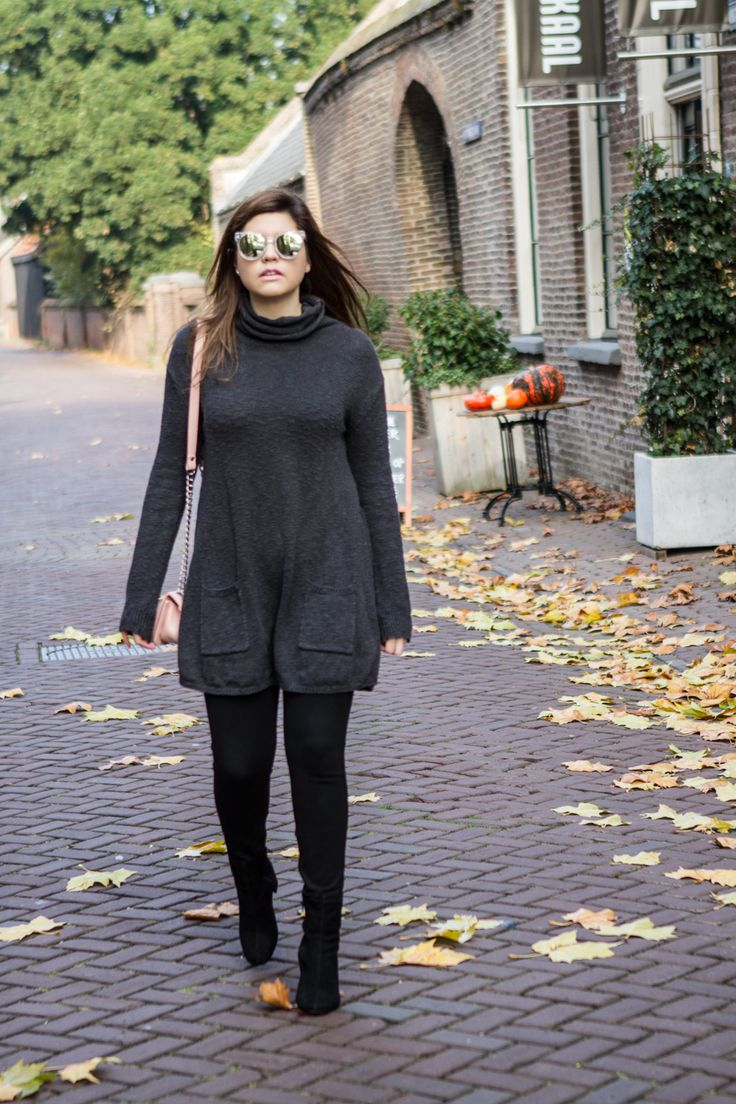 This week in Holland we recievedour first bit of frost, which means: timeto get sneaky with my outfits. One itemthat is sure to keep you warm is a sweater dress, especially since you can bundlesomething else