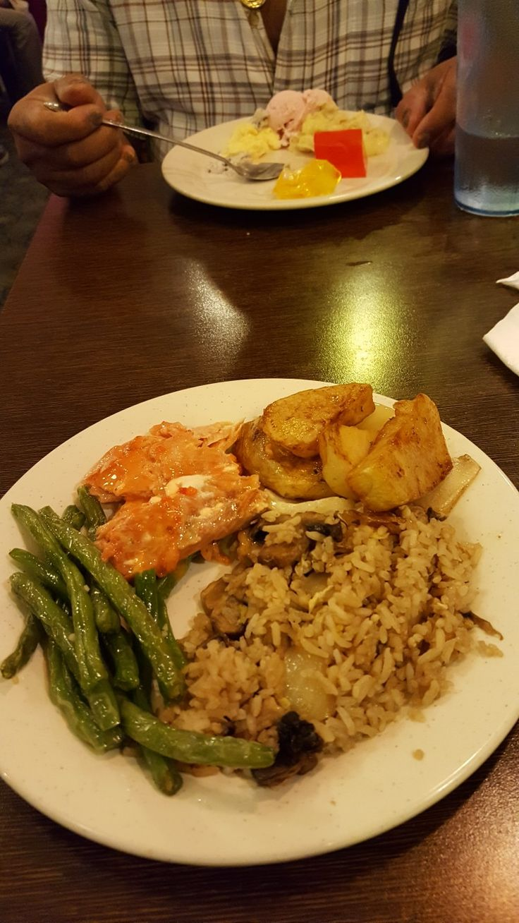 This is me at the Buffet with the program of Quality Life this is Chinese Fried Mushroom Rice with Steamed Potatoes with Onions, Green Beans and Salmon at the Nippon Grill and Seafood Buffet at West Springfield.
