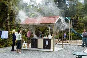 Rainforest Holiday Park is nestled amongst six acres of idyllic native bush, centrally located in the heart of Franz Josef Village. Make use of their BBQ area and hot bubbling spa pools or enjoy their Monsoon Bar & Restaurant with great tunes, cozy fireplace, cheap drinks, meal deals & pool tables.