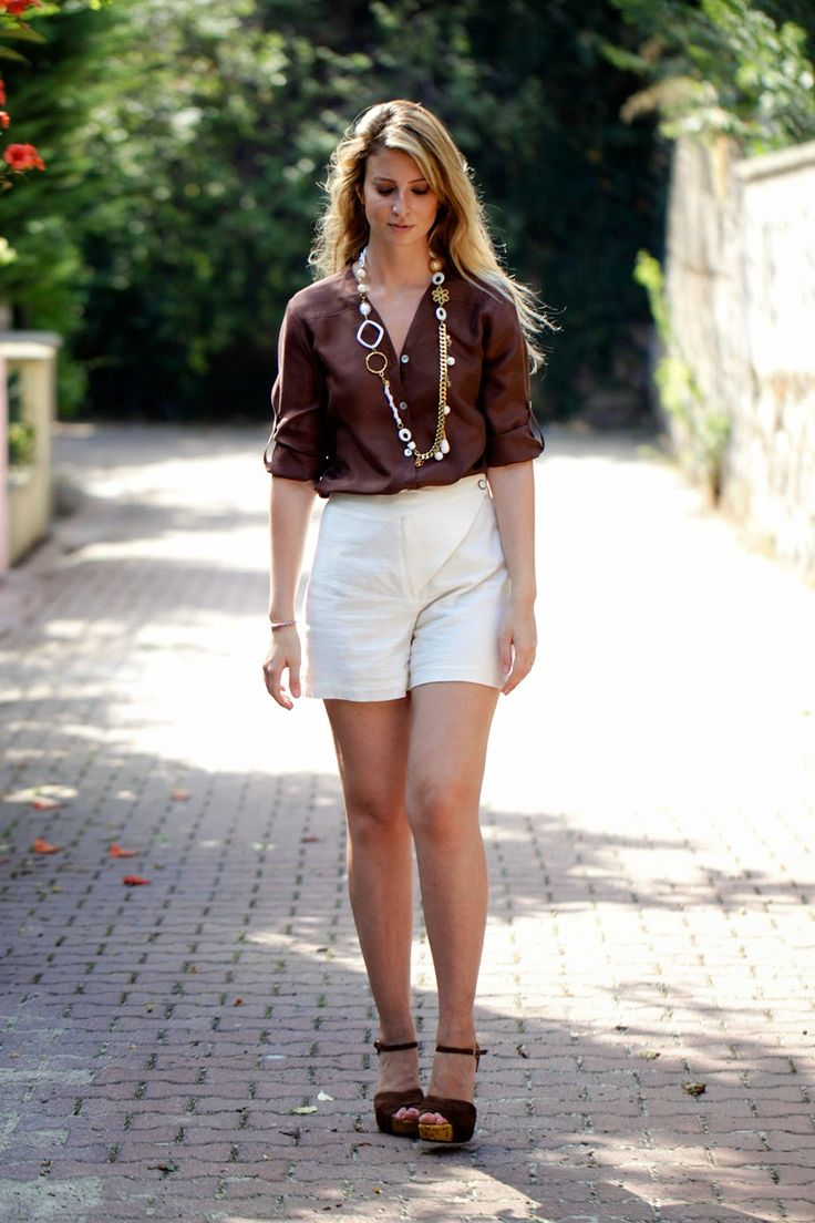 BURCU ARKUT: Gold-Brown-White for The Summer