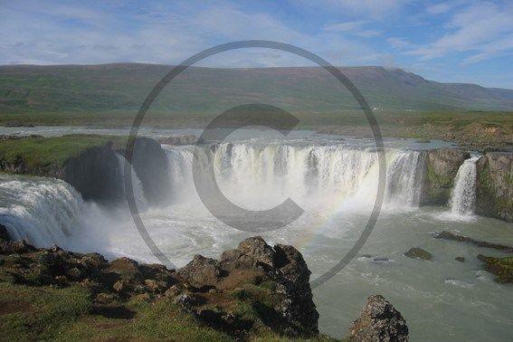Carte postale de Godafoss, Islande | Christie Cartes $2 christiecartes.com