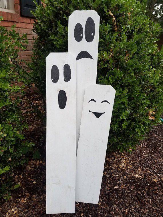 Wooden Halloween Ghost Family Fencies Cute Indoor/Outdoor