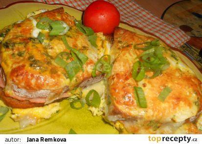 Zapečené tvarůžkové chleby recept - TopRecepty.cz