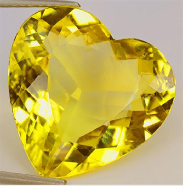 желтый топаз, гелиодор