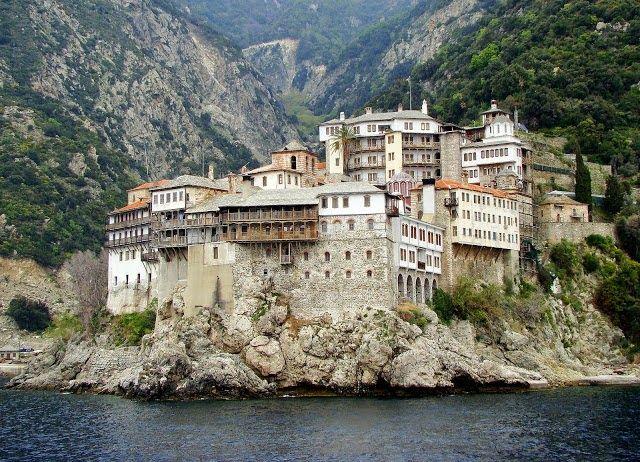 "typospor.gr  : Από το 'Αγιον 'Ορος μέχρι την ""πρωτεύουσα των διαμ..."