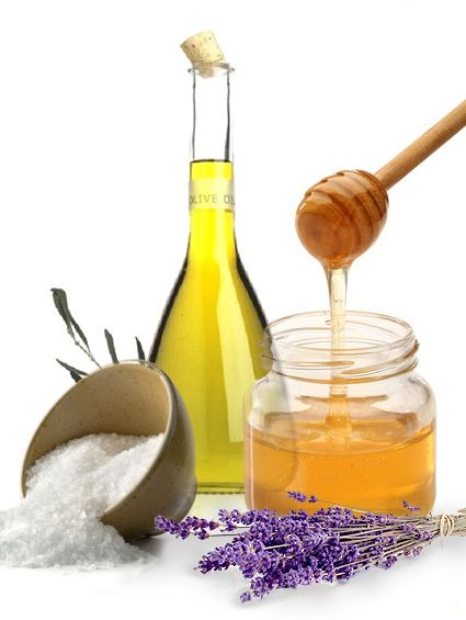 Honey, Sea Salt, Olive Oil and Lavender Body Scrub - make your own natural cosmetics with this simple recipe! Kitchen cosmetics are the best!