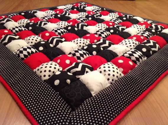 Custom Made Black White Red Bubble Puff Quilt by LuvinKatie
